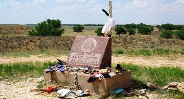 Per non dimenticare – 29 novembre 1864, il massacro di Sand Creek. Quando il glorioso Esercito degli Stati Uniti d'America riportò una delle più fulgide vittorie della luminosa storia Americana contro donne e bambini indigeni !!