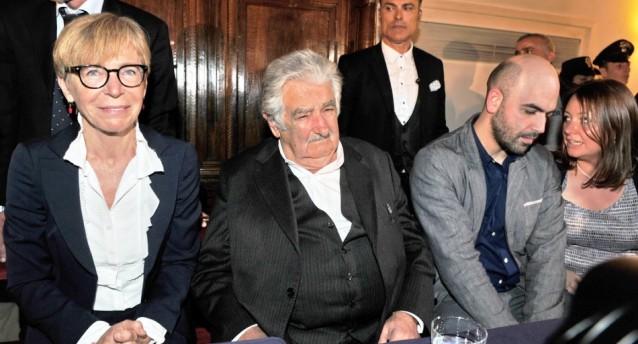 Quando josé Mujica spiegò la felicità a Gabanelli e Saviano…