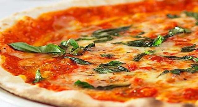 Dieta della pizza: dimagrire mangiando pizza si può, ecco come…